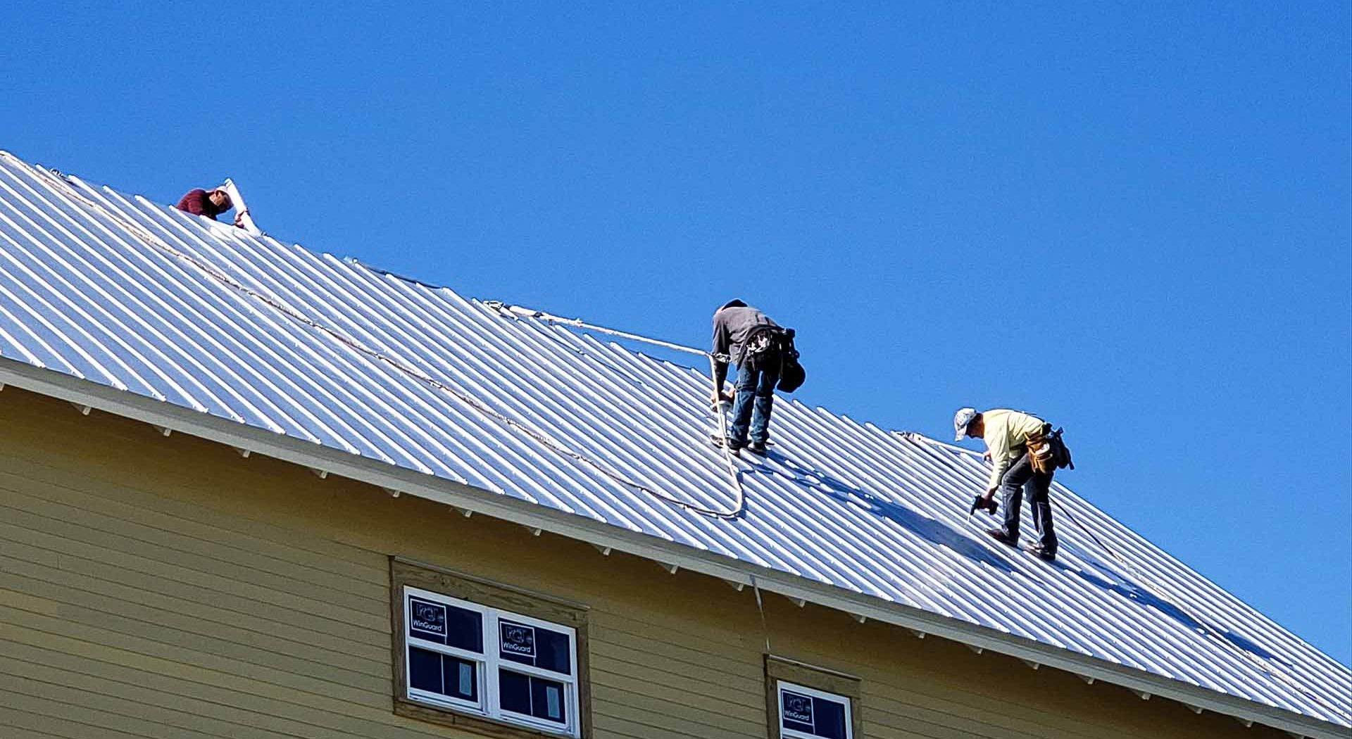 How Do I Find A Reliable Roofer In My Area?